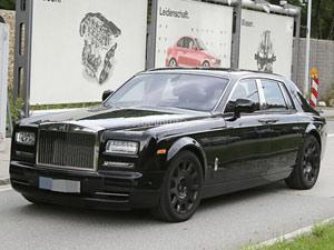 Rolls-Royce Phantom mới hiện nguyên hình