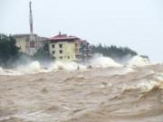 Tin tức trong ngày - Sau bão, sóng dữ ào ào tấn công Đồ Sơn