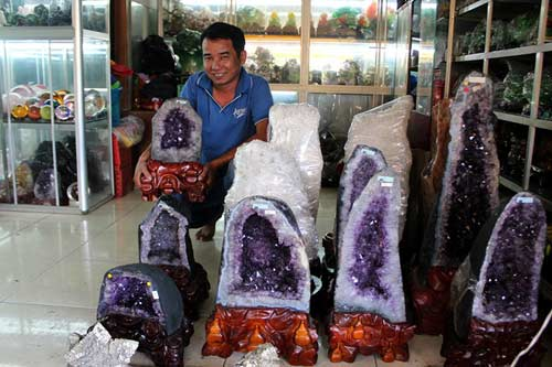 Đá phong thủy giá nghìn đô ở Sài Gòn - 5