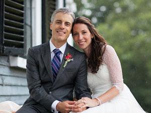 Cặp đôi tái hợp sau 14 năm lạc mất nhau