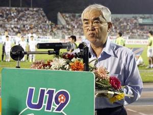 """Vấn đề của bóng đá VN: Khi ông chủ tịch VFF """"ôm"""" U19"""