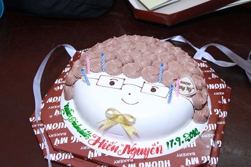 """Thúy Nga tổ chức sinh nhật cho """"trai đẹp 6 múi"""" - 2"""