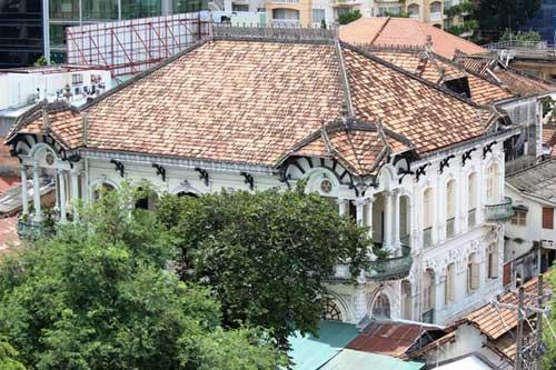 Biệt thự 100 tuổi ở Sài Gòn rao bán 35 triệu đô - 1