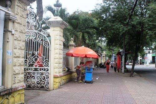 Biệt thự 100 tuổi ở Sài Gòn rao bán 35 triệu đô - 4