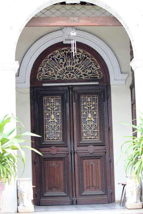 Biệt thự 100 tuổi ở Sài Gòn rao bán 35 triệu đô - 7