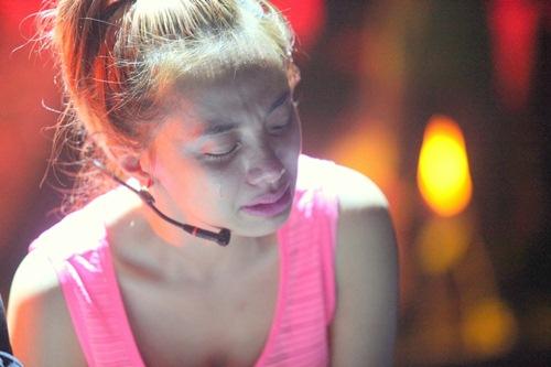 Lan Trinh bật khóc khi nhắc lại scandal với quản lý cũ - 3