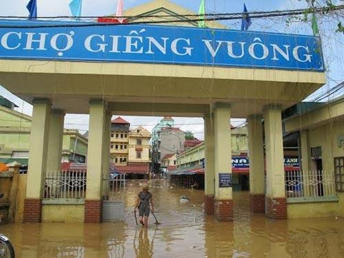 Sau bão, người dân TP Lạng Sơn hối hả chạy lụt - 5