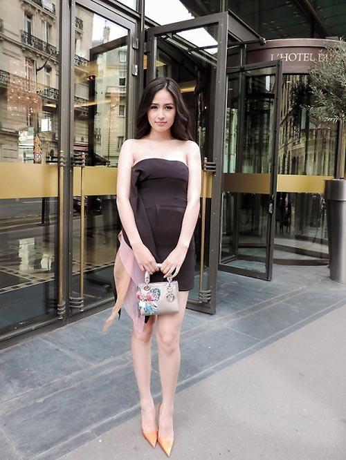 Dấu ấn của sao Việt tại tuần lễ thời trang thế giới - 17