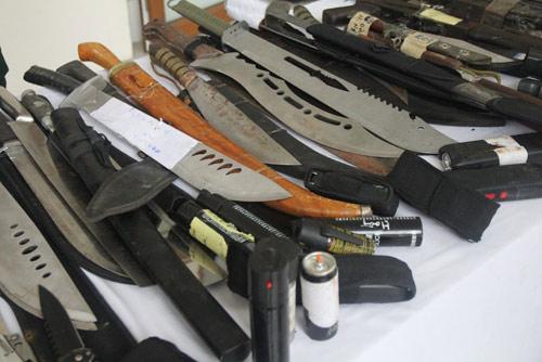 Giật mình xem kho vũ khí do Cảnh sát 141 Hà Nội thu giữ - 2