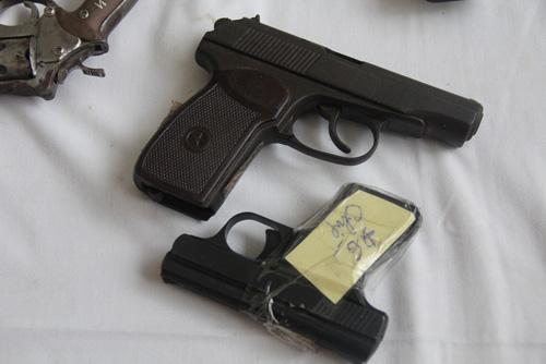 Giật mình xem kho vũ khí do Cảnh sát 141 Hà Nội thu giữ - 4