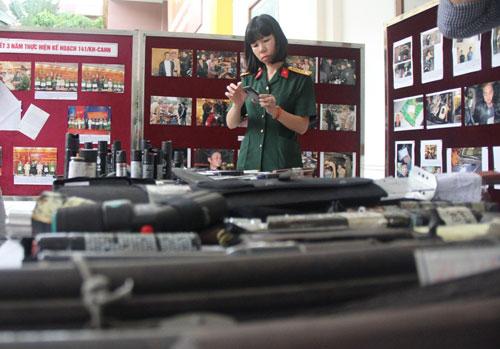 Giật mình xem kho vũ khí do Cảnh sát 141 Hà Nội thu giữ - 1