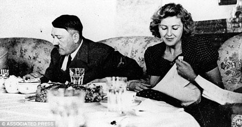 Cuộc sống địa ngục của người nếm thức ăn cho Hitler - 2