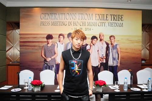 Nhóm nhạc mỹ nam Nhật háo hức biểu diễn tại Việt Nam - 6