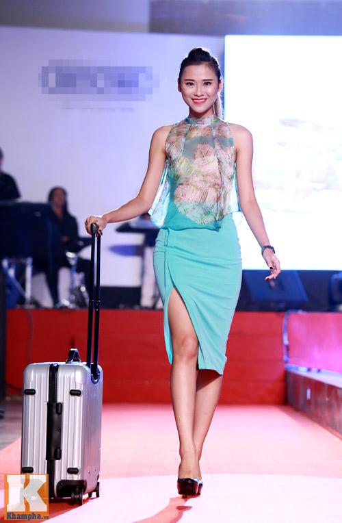 Trần Mạnh Tuấn khoe chiếc vali dùng 21 năm - 9