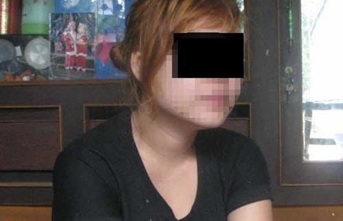 Chuỗi ngày của cô gái bị ép khỏa thân, ra đường bán dâm - 1