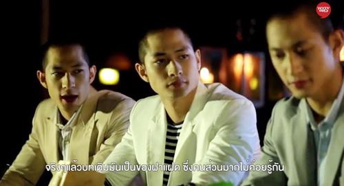 Clip: Anh em sinh 3 gốc Việt tắm trần trên truyền hình Thái - 1