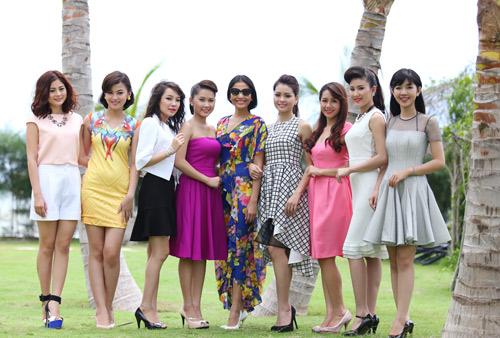 Trương Thị May tung tăng dạo chơi trên biển - 12