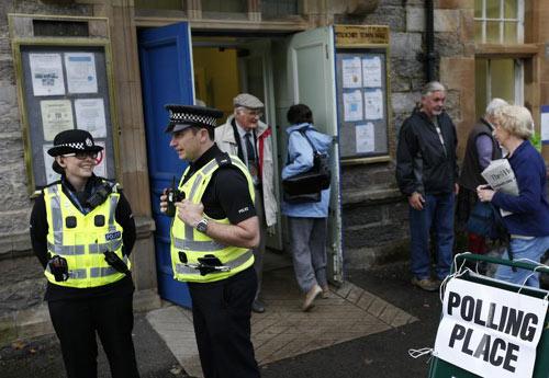 Scotland bỏ phiếu đòi độc lập: Người Anh thở phào - 1