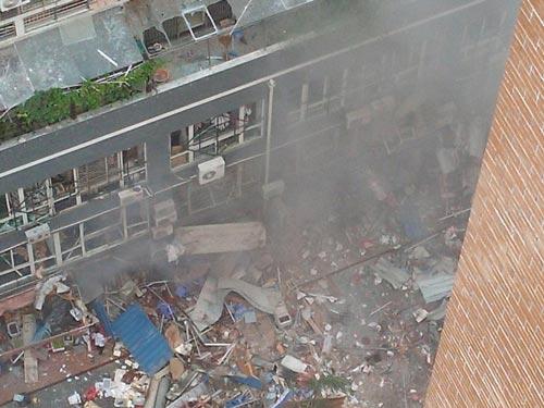 TQ: Nổ chung cư cao cấp, ít nhất 31 người thương vong - 3