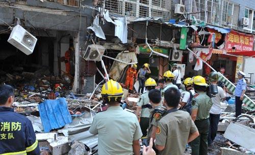 TQ: Nổ chung cư cao cấp, ít nhất 31 người thương vong - 8