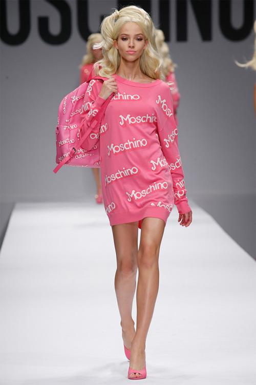 """Xem Moschino thiết kế đồ cho """"búp bê sống"""" - 4"""