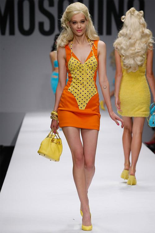 """Xem Moschino thiết kế đồ cho """"búp bê sống"""" - 19"""