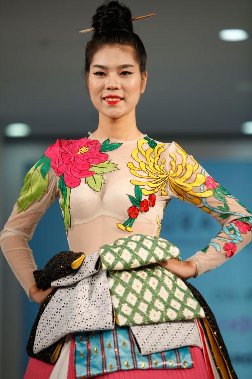 Thời trang Nhật cách tân táo bạo trên sàn diễn Việt - 9