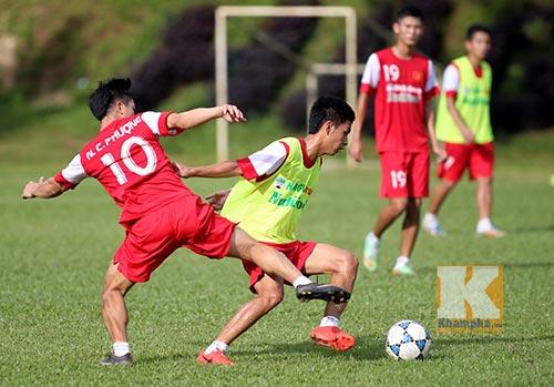 """U19 Việt Nam nghỉ tập tránh """"bão"""" chấn thương - 8"""
