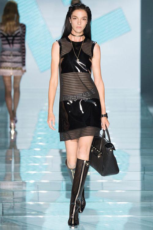 Versace: Sự lựa chọn số 1 của các cô gái hiện đại - 12