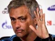 """Bóng đá - Mourinho đòi tước """"ngôi báu"""" của Man City"""