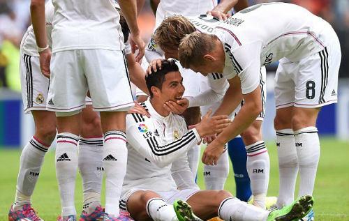 Lập hattrick, Ronaldo đi vào lịch sử La Liga - 1