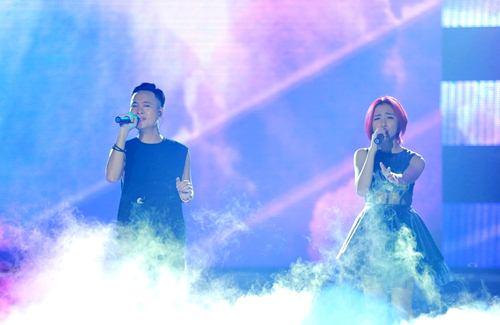 Trịnh Thăng Bình đốt hình tình tứ với Tâm Tít trên sân khấu - 12