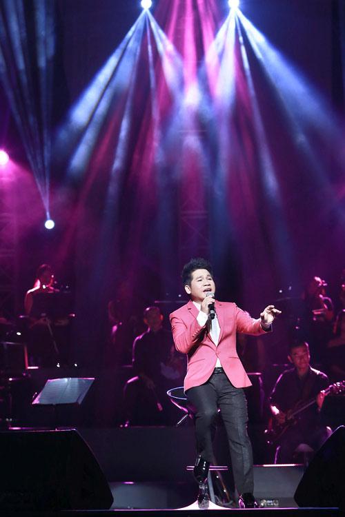 Show Trọng Tấn khiến khán giả Thủ đô xúc động - 11