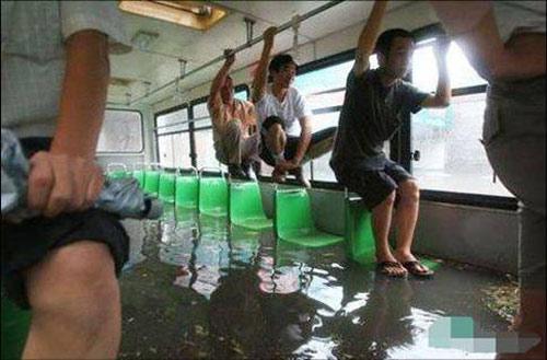 Những ý tưởng siêu độc trên xe bus - 3