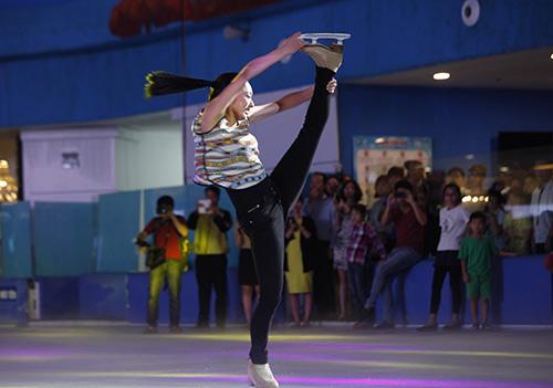 Nữ hoàng trượt băng thế giới biểu diễn tại VN - 2