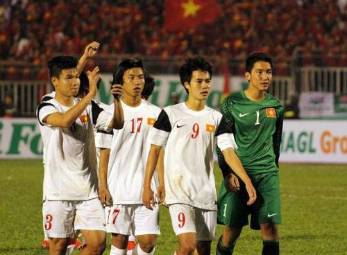 Bóng đá Việt Nam: Ánh sáng và bóng tối - 1