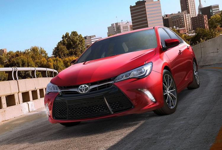 Mẫu xe Toyota Camry 2015 sẽ có sẵn tại thị trường Mỹ trong vài ngày tới.