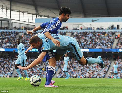 "Man City, Chelsea thi nhau ""đấu võ"" ở Etihad - 4"