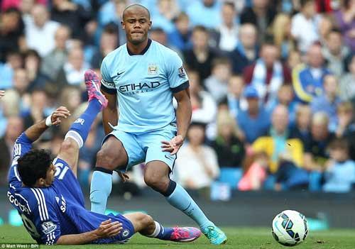 "Man City, Chelsea thi nhau ""đấu võ"" ở Etihad - 6"