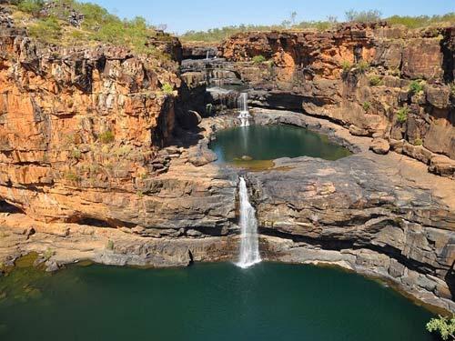 Chiêm ngưỡng thác nước 4 tầng tuyệt đẹp ở Australia - 4