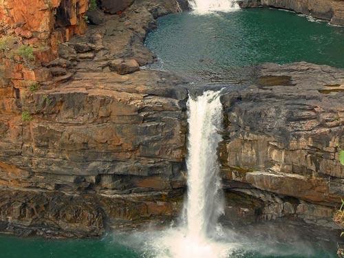 Chiêm ngưỡng thác nước 4 tầng tuyệt đẹp ở Australia - 3