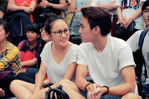 Con gái Thanh Lam và bạn trai tình cảm đi xem ca nhạc - 3