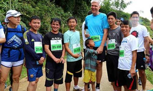 """Giải Marathon vượt núi Việt Nam 2014: """"Đường đua khó nhất và đẹp nhất thế giới!"""" - 2"""