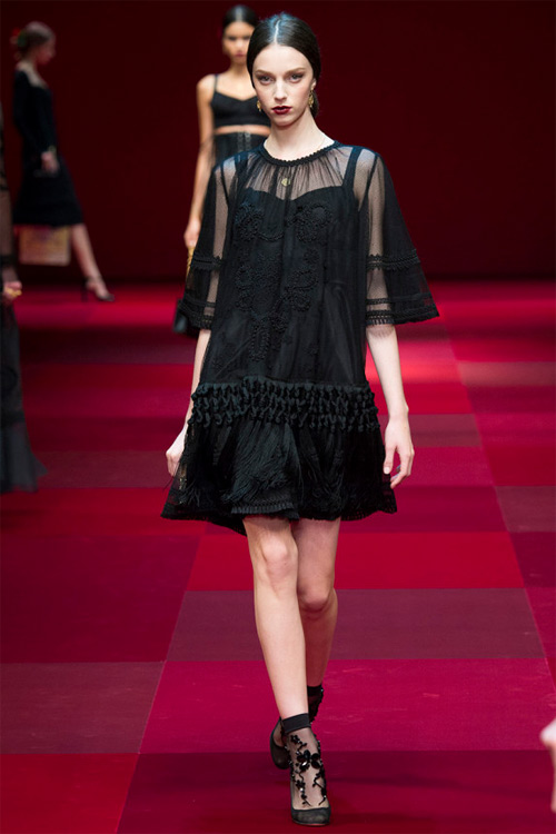 Dolce & Gabbana vẫn hấp dẫn mê hồn dù cũ kỹ - 19