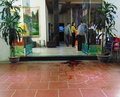 Nữ sinh viên bị đâm chết tại quán karaoke - 2