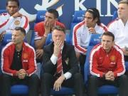 Bóng đá - MU thua ngược, Van Gaal thừa nhận hàng thủ yếu kém