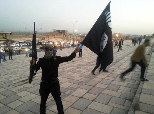 Phiến quân IS kêu gọi tín đồ tàn sát người phương Tây - 1