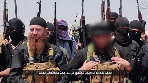 Phiến quân IS kêu gọi tín đồ tàn sát người phương Tây - 2