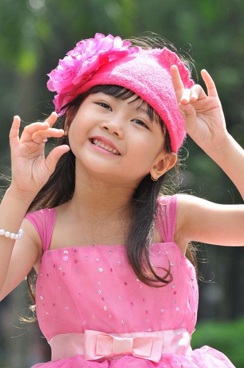 Cô bé 8 tuổi người Việt đạt kỷ lục trên Youtube - 5