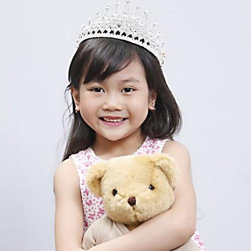 Cô bé 8 tuổi người Việt đạt kỷ lục trên Youtube - 6